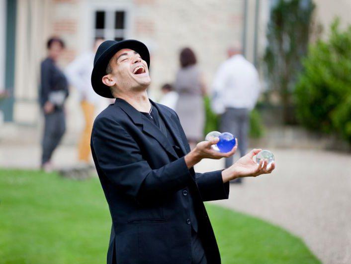 Prestation artistique - jongleur