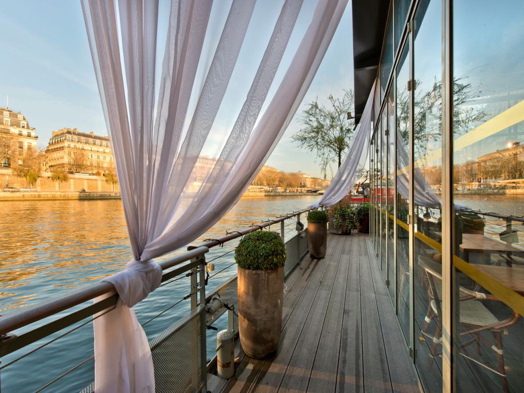 location péniche - récéption - seine - bateau