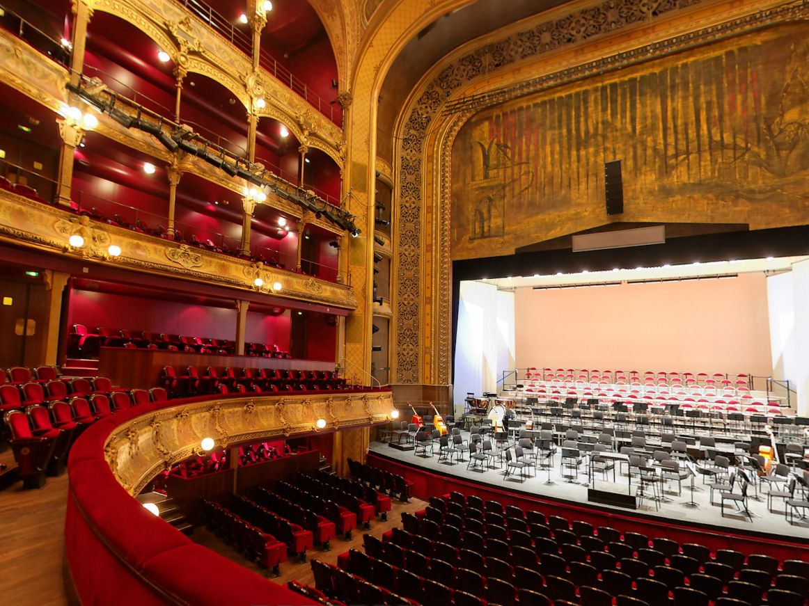 Auditorium02