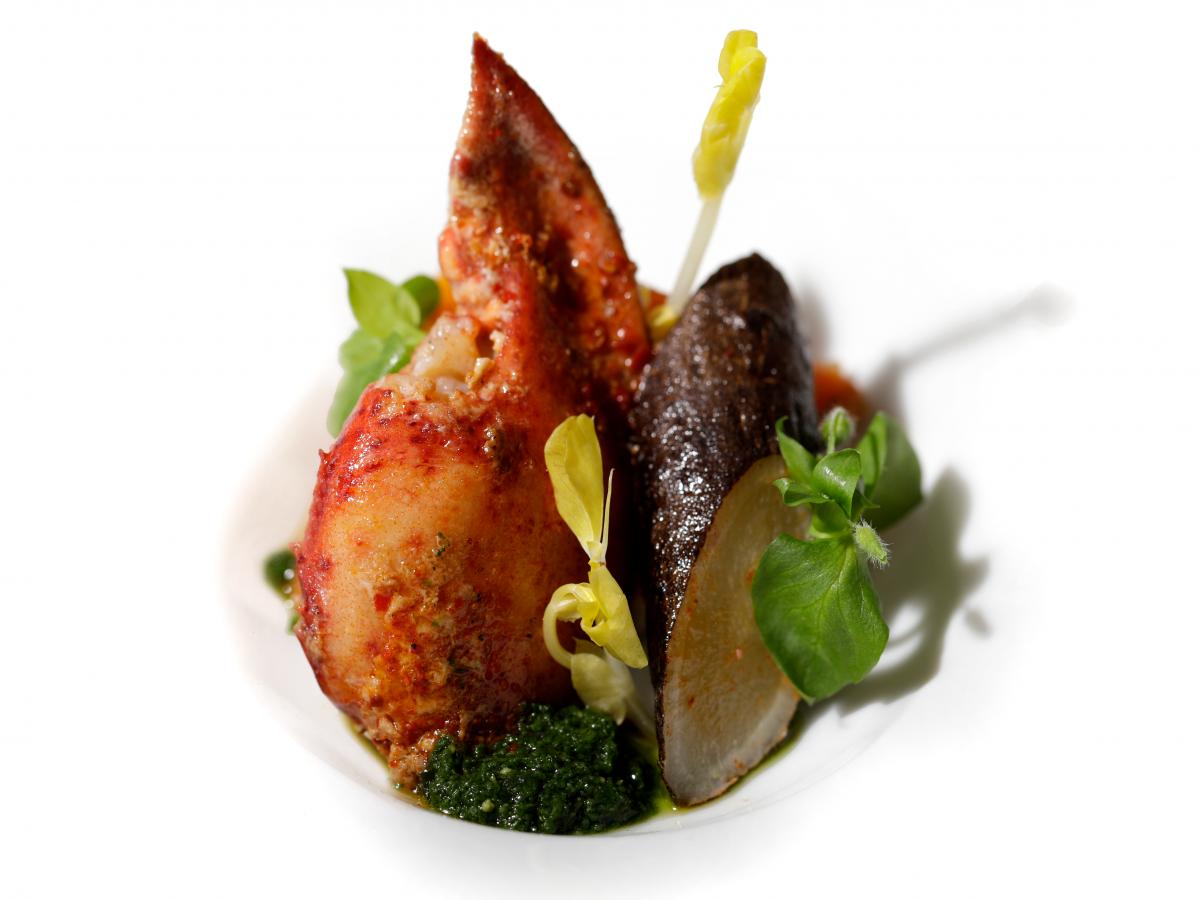 homard_roti_legumes_oublie-création culinaire - traiteur luxe - gastronomie